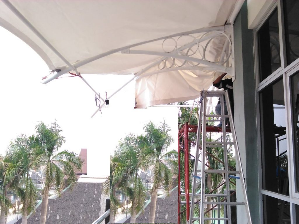 instalasi tenda membrane
